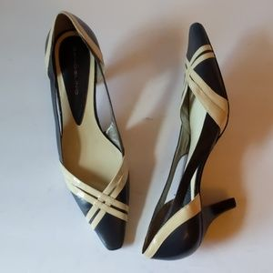 Bandolino black/cream leather heels-sz 8 1/2M